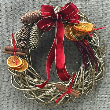 Consigli e idee per le decorazioni e gli addobbi per - Ghirlande per porte natalizie ...